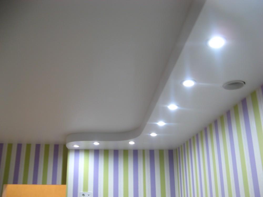 как проходит натяжной потолок в томске фото потом, слегка остыв